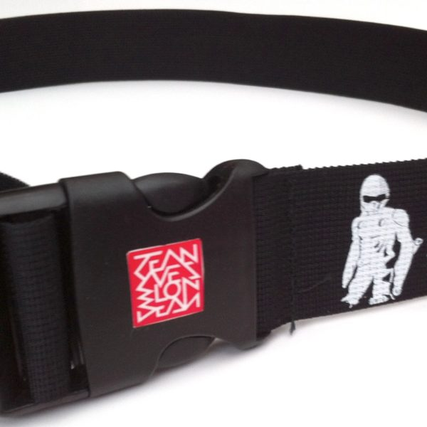 jean yves blondeau red square logo on the buckle of buggy rollin belt